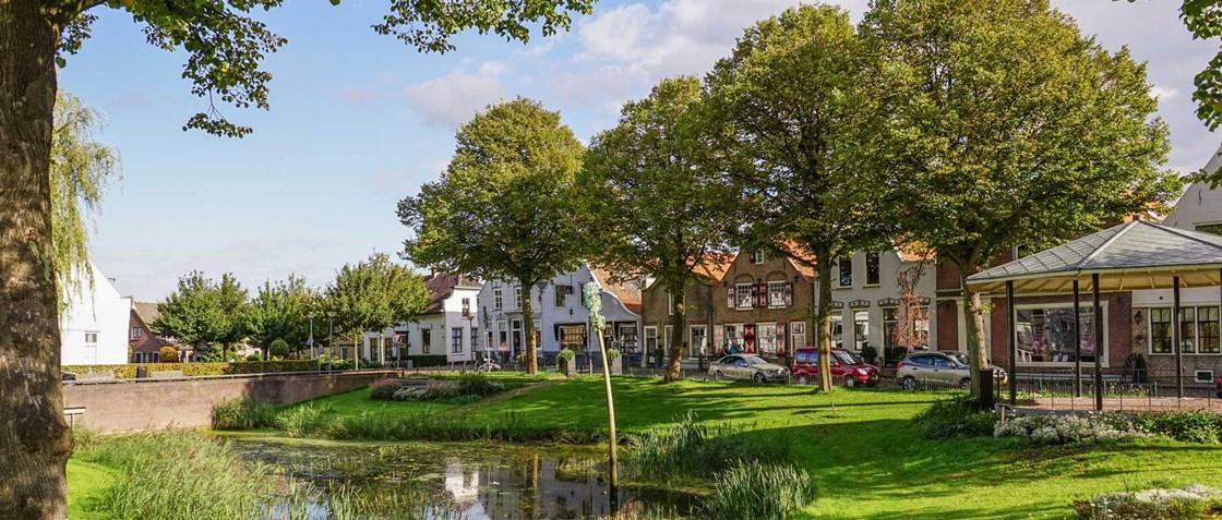 Zuidland oude dorpskern Voorne-Putten nabij Rotterdam
