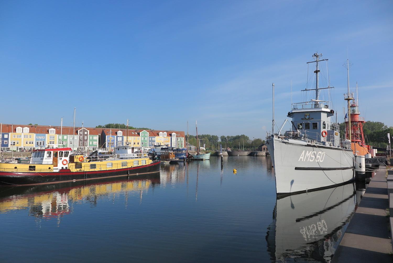 haven Hellevoetsluis Voorne-Putten nabij Rotterdam